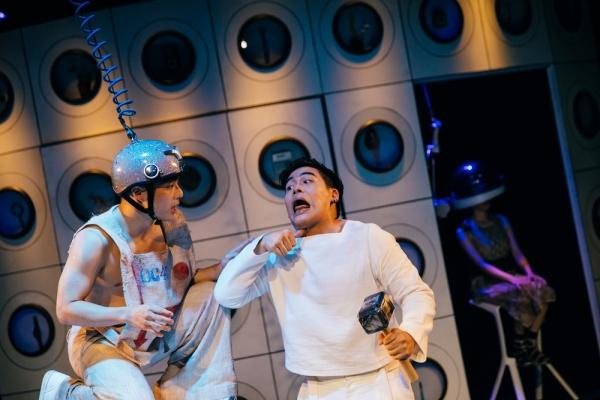 劇場迴圈|科幻黑色喜劇,楊景翔演劇團《前進吧!方舟》